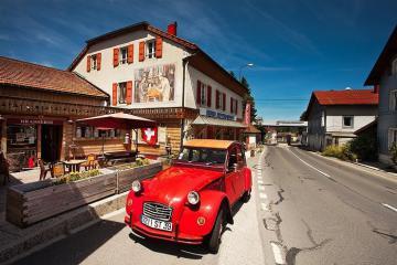 Khách sạn Arbez Franco-Suisse độc đáo nhất thế giới: Ngủ ở Thuỵ Sỹ nhưng muốn đi WC phải sang Pháp