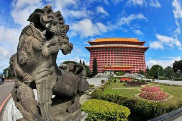 Khách sạn Grand Taipei, toà cung điện sơn son thiếp vàng nổi bật ở Đài Bắc