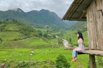 Nằm giữa núi rừng hoang sơ, thơ mộng của Lào Cai chính là Topas Riverside Lodge Sapa khiến bao du khách mê đắm
