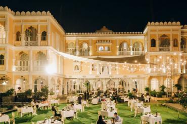 Chloe Gallery – lâu đài Ấn Độ diễm lệ, xa hoa giữa lòng Sài thành