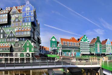Inntel Hotel Zaandam, khách sạn 'ghép hình' độc đáo của xứ sở hoa Tulip