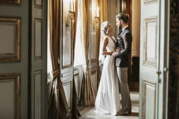Sau cánh cửa Bayerischer Hof là cả một cuộc sống thượng lưu của giới quý tộc Đức ngày xưa