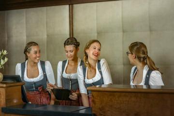 Dừng chân ở Platzl Hotel Munich để sống chậm, sống an lành giữa khu phố cổ nước Đức