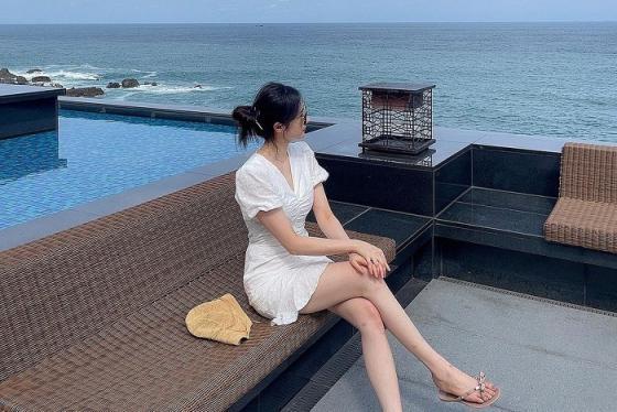 """Check in """"chanh xả"""" tại khách sạn Hilton Busan view biển tại Hàn Quốc"""